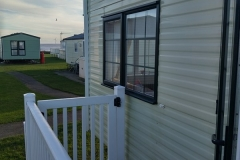cosy-cottage-caravan-outside2
