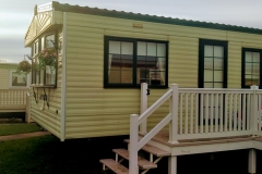 cosy-cottage-caravan-outside9