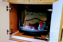 cosy-cottage-caravan-storage2